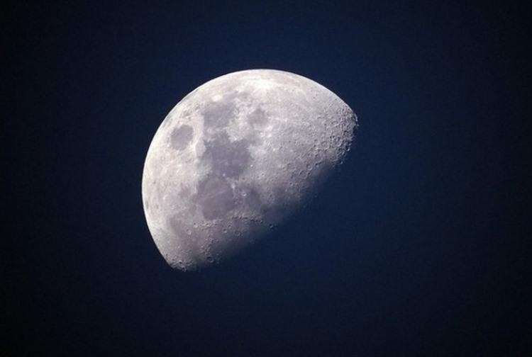 Китай приглашает другие страны присоединиться к проекту лунных исследований