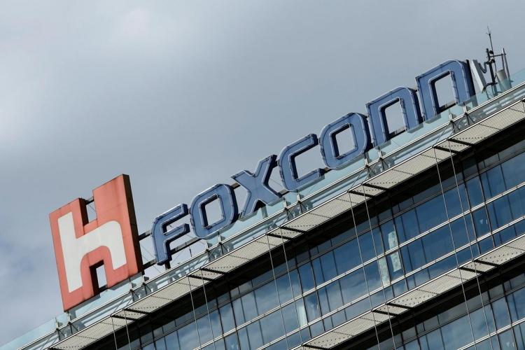 """Foxconn по-прежнему намерена строить завод в Висконсине, хотя штат собирается уменьшить льготы"""""""