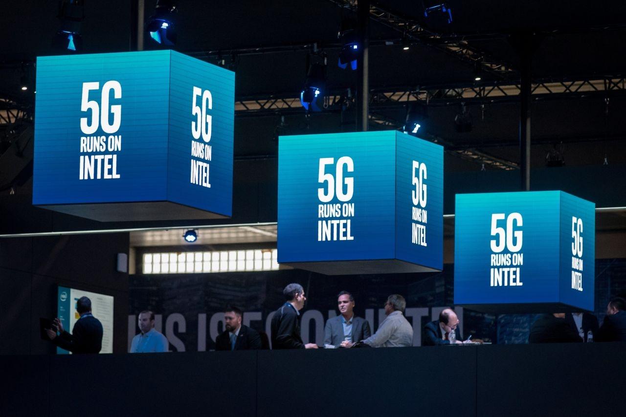 Intel утверждает, что сможет запустить производство 5G модемов в 2020 году, но Apple не готова ждать так долго