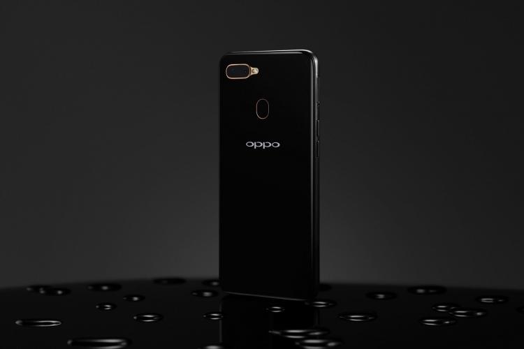 "OPPO представила в России смартфоны OPPO A5s и A1k с мощными аккумуляторами"""