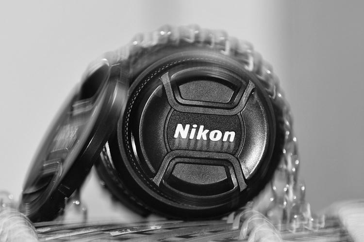 """Зеркальной камере Nikon D6 приписывают наличие встроенной стабилизации"""""""