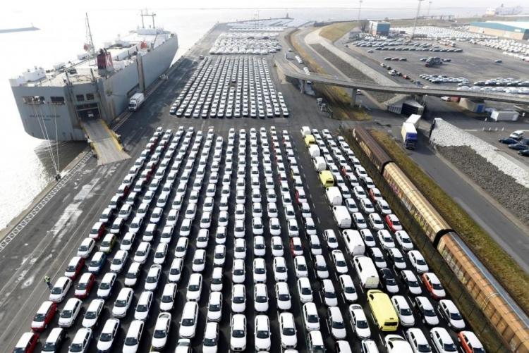 """Volkswagen сделала ставку на блокчейн, чтобы отслеживать поставки свинца для батарей"""""""