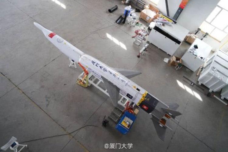 """Китайский университет и стартап из Пекина запустили возвращающуюся ракету"""""""