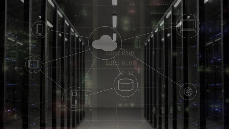 """Эксперты: госкомпании могут остаться без доступа к зарубежным базам данных"""""""
