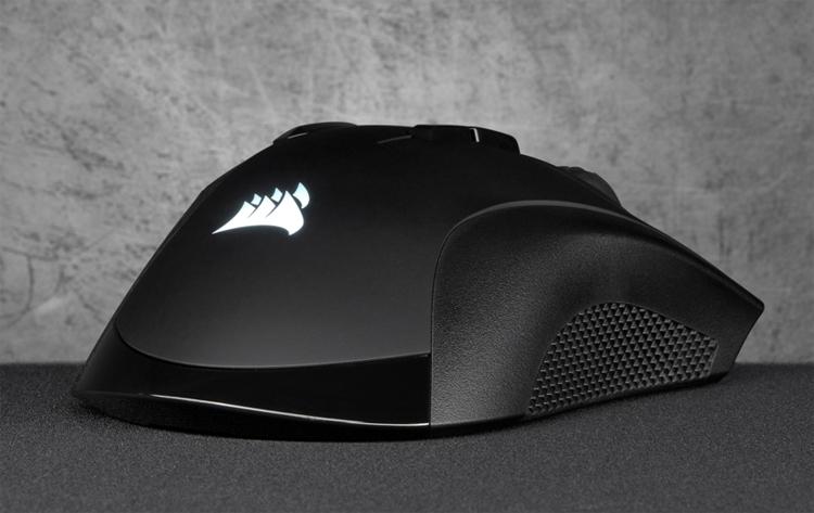 """Мышь Corsair IronClaw RGB Wireless с датчиком на 18 000 DPI не нуждается в проводе"""""""