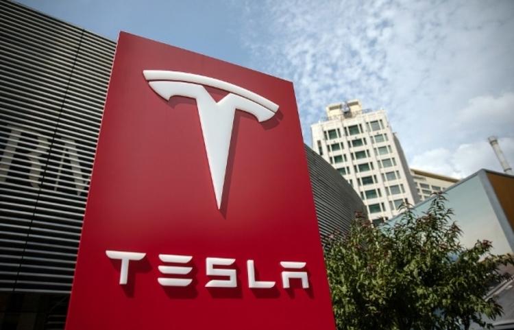 """Завод Tesla в Китае начнёт выпускать автомобили в сентябре этого года"""""""