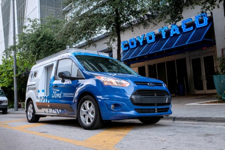 """К концу 2019 года у Ford будет парк из 100 самоуправляемых автомобилей"""""""
