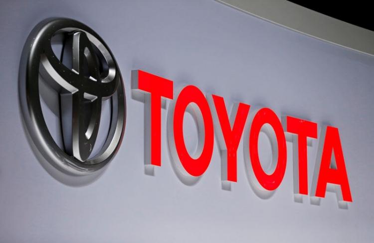 """Toyota отложила общение своих автомобилей между собой с помощью технологии DSRC"""""""