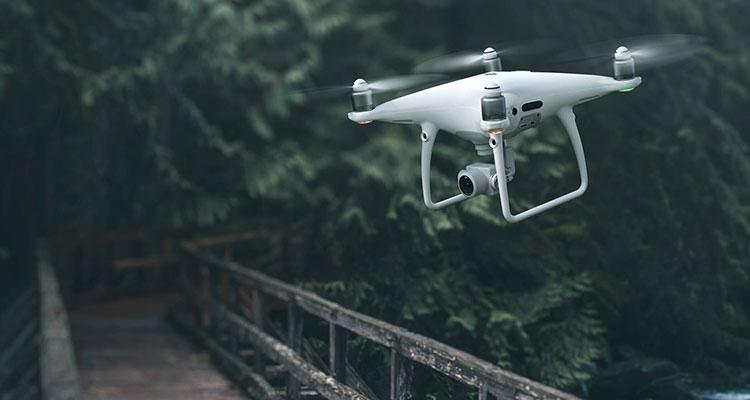 DJI отрицает, что прекратила развитие своих культовых дронов Phantom