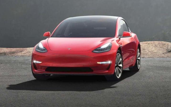 """Tesla предложит владельцам электромобилей фирменную программу автострахования"""""""