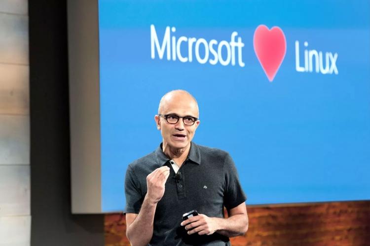 "Windows 10 получит встроенное ядро Linux от Microsoft"""