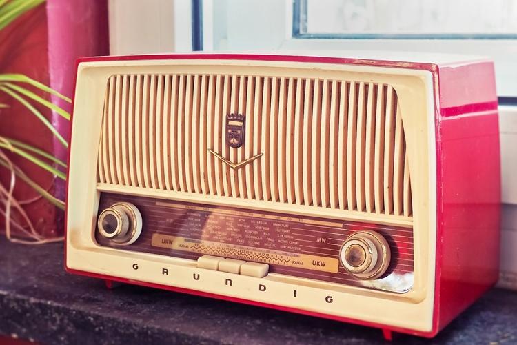 """Россиянам станет доступен единый онлайн-плеер для прослушивания радио"""""""