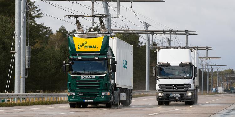 """В Германии запустили электрическое шоссе eHighway для электрогрузовиков"""""""