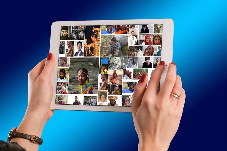 """Мировой рынок планшетов сокращается, а Apple наращивает поставки"""""""