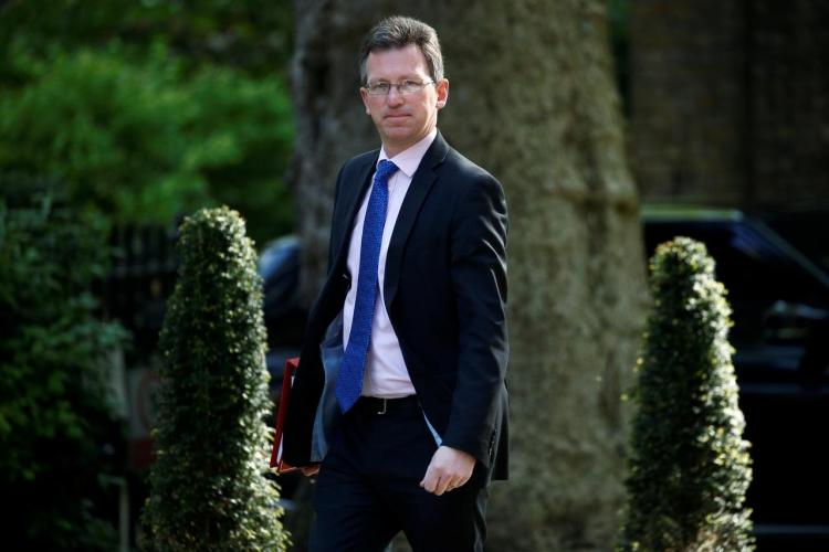 """Развёртывание сетей 5G в Великобритании могут отложить по соображениям безопасности"""""""
