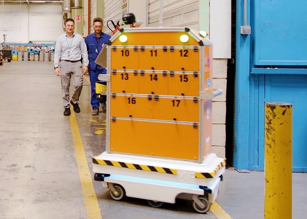 """Видео: Ford использует самоуправляемого робота, чтобы освободить время своих сотрудников"""""""