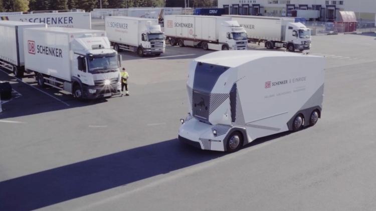 """В Швеции стартовала регулярная доставка грузов электрическими самоуправляемыми грузовиками"""""""