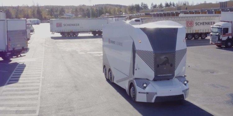 """Беспилотный электрический грузовик Einride T-Pod начал использоваться для перевозки грузов"""""""