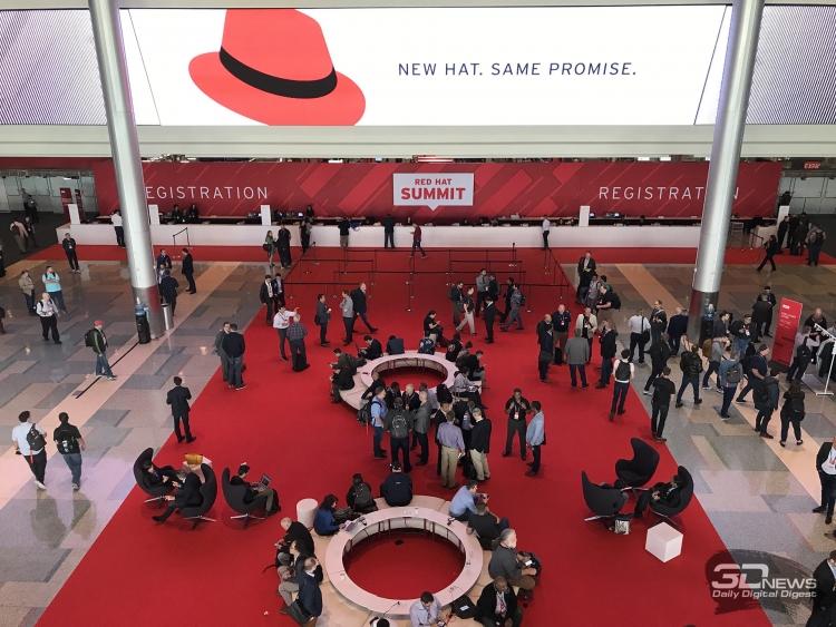 Знаменитый Shadowman пропал с логотипа Red Hat (или стал невидимым)