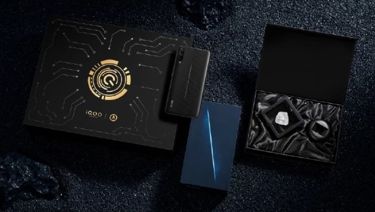 "Vivo анонсировала игровой смартфон iQOO Space Knight Limited Edition"""