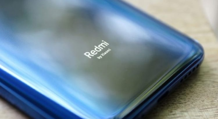 Выдвижная камера телефона Redmi K20 выдержит 300 000 циклов
