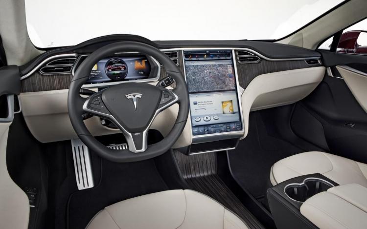 """В 2013 году Apple пыталась неофициально договориться о приобретении Tesla"""""""
