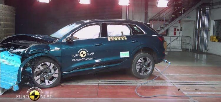 """Видео: краш-тесты электрокара Audi e-tron, получившего пять звёзд от Euro NCAP"""""""