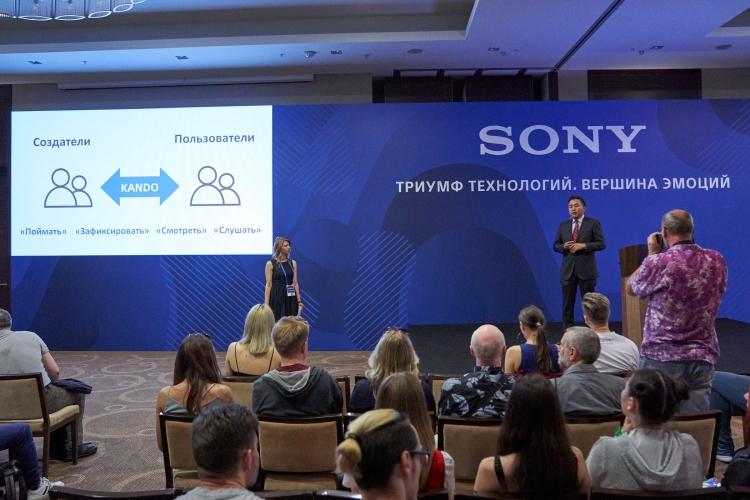 "В России представлен 8К HDR-телевизор компании Sony"""