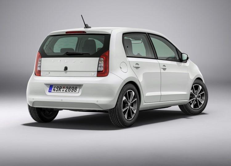 """Škoda представила первые электрический и гибридный автомобили под новым брендом iV"""""""