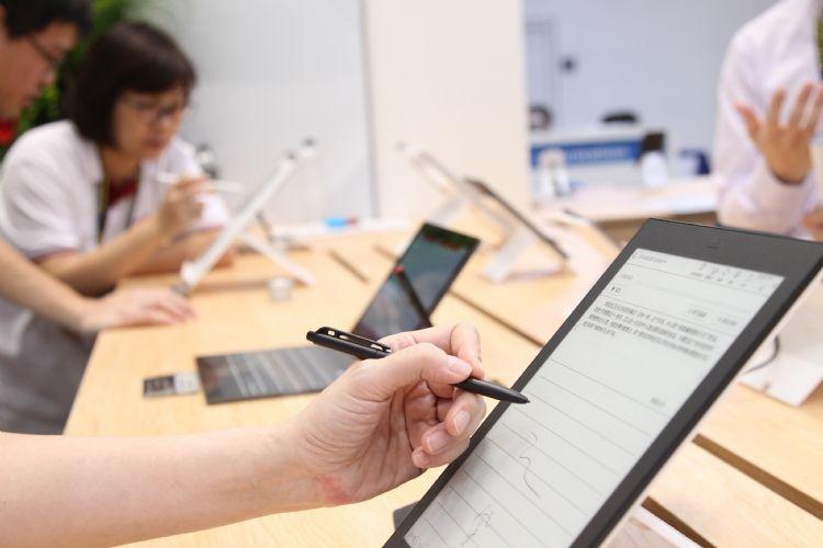 """Электронные блокноты станут новой точкой роста E Ink"""""""
