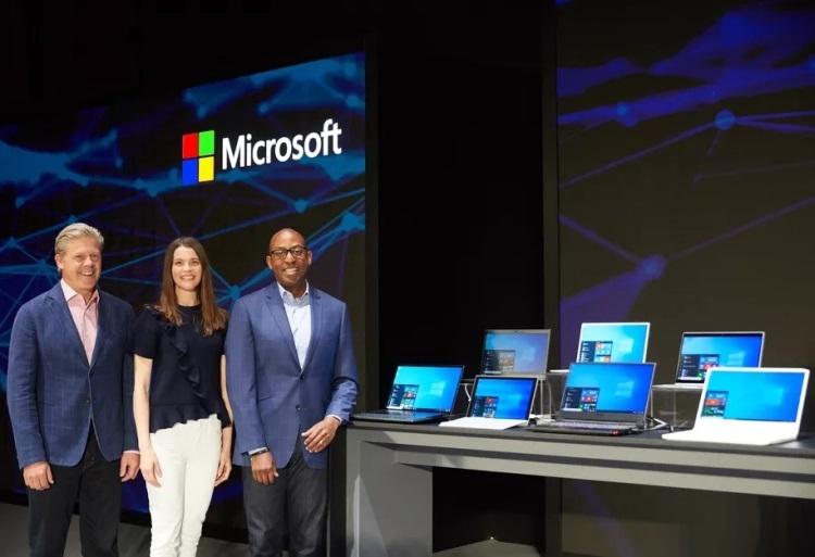"""Microsoft намекает на новую версию Windows с «невидимыми» фоновыми обновлениями"""""""