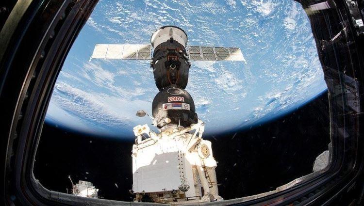 """Учёные исследуют полотенце, которое 10 лет пролежало на внешней стороне МКС"""""""