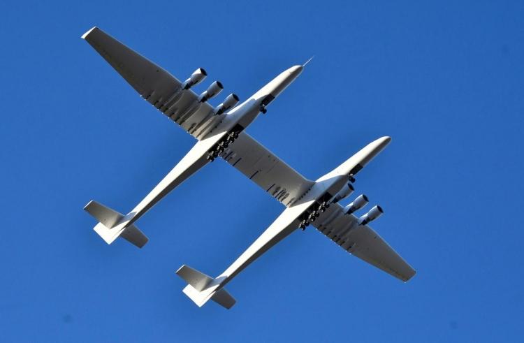"""Reuters: закрывается компания Stratolaunch Systems, построившая самый большой самолёт в мире"""""""