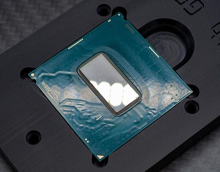"""Восемь ядер и частота 5 ГГц: аналог Core i9-9900KS уже можно купить за $550"""""""