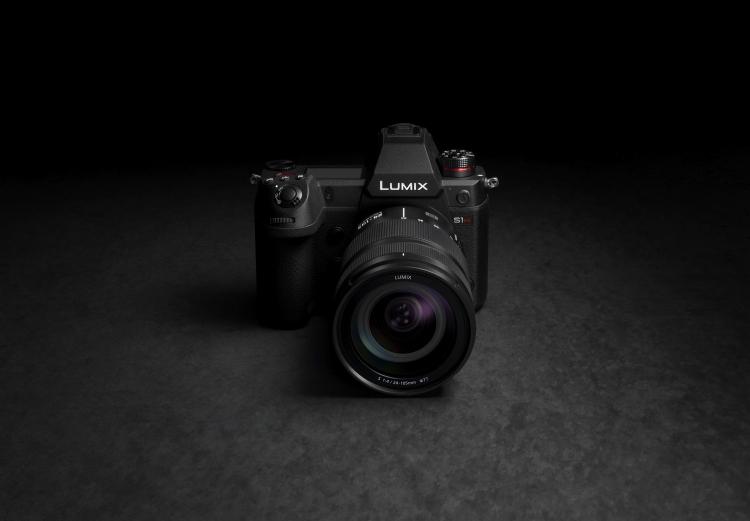 """Полнокадровая беззеркалка Panasonic Lumix S1H сможет снимать видео в 6K"""""""