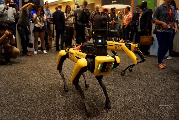 """Boston Dynamics готовится к запуску своего первого коммерческого робота"""""""