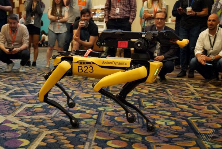 Boston Dynamics готовится к запуску своего первого коммерческого робота""