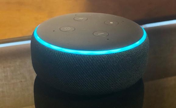 Amazon хотела бы, чтобы общение с голосовыми помощниками было максимально комфортным, а одна из специфик обыденной человеческой лексики — это применение различных речевых ссылок, как правило в виде местоимений, с пониманием которых у ИИ на данный момент есть определённые проблемы