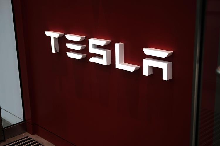 """Илон Маск прогнозирует рекордные продажи Tesla во втором квартале 2019 года"""""""