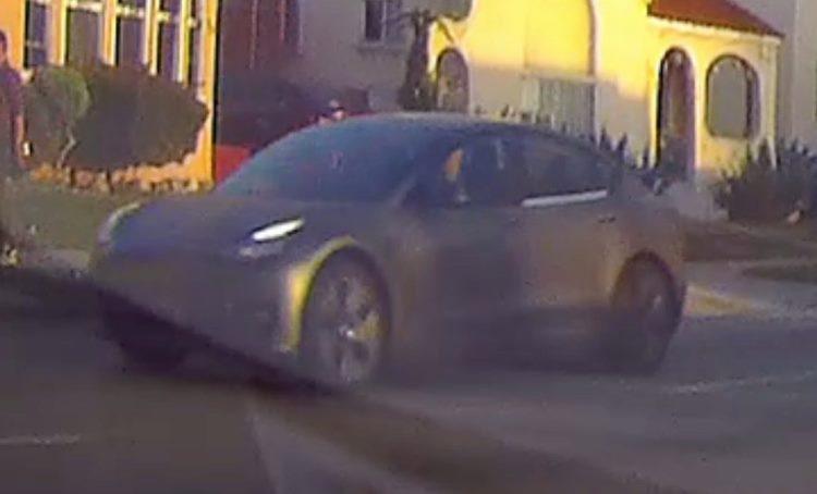 """Загадочным тестовым автомобилем Tesla может быть обновлённая версия Model S"""""""