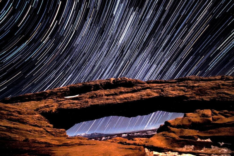 Такие рисунки звёзд всегда клеили из нескольких фото. Так было проще контролировать экспозицию