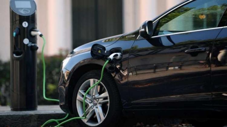 """Китайцы улучшили литиево-ионные аккумуляторы: для 300-км пробега хватит десятиминутной зарядки"""""""