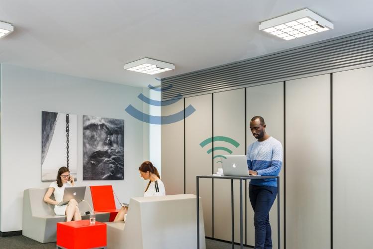 Производитель ламп Philips Hue анонсировал источники света для передачи данных со скоростью до 250 Мбит