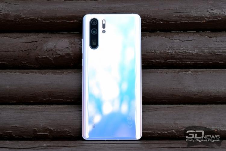 """Huawei поставила 100 миллионов смартфонов за 5 месяцев"""""""