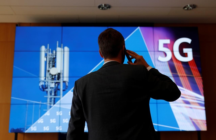 """Смартфон Samsung Galaxy A90 может получить поддержку 5G"""""""