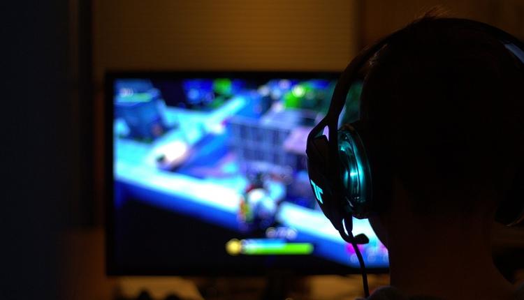 """Спрос на игровые компьютеры сокращается"""""""