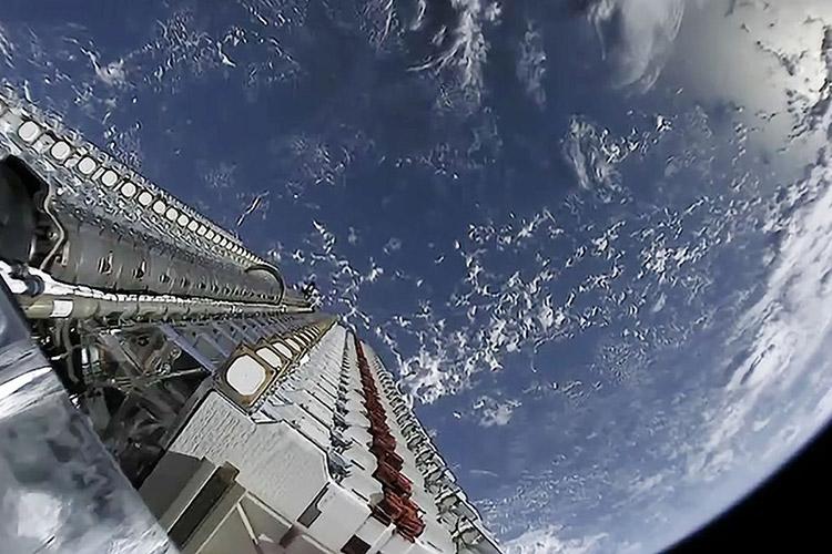 SpaceX проинформировала о  потере 3-х  спутников Starlink
