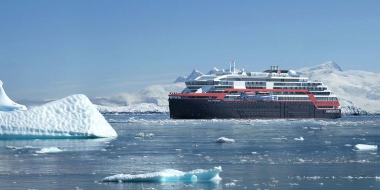 """Первый круизный лайнер с питанием от батарей отправляется в Арктику"""""""