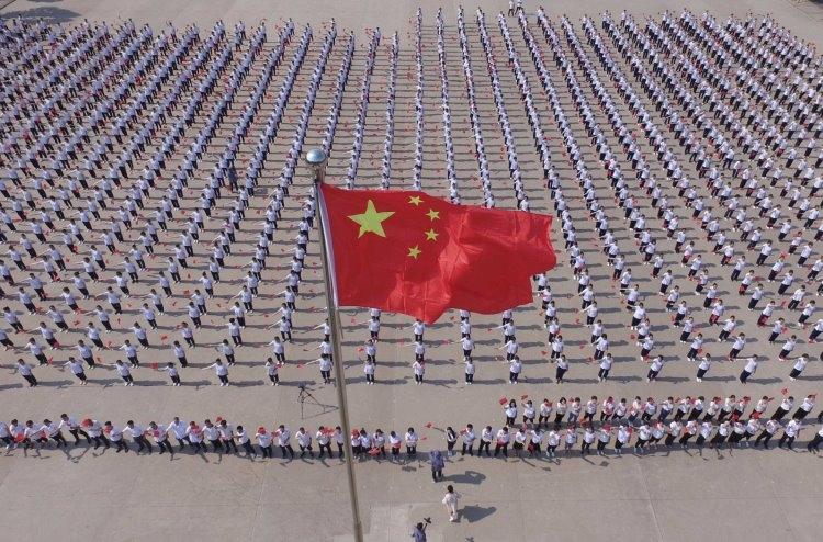 """При въезде в Китай на смартфоны туристов устанавливают следящее приложение"""""""