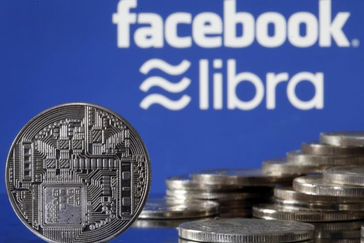 """Американские законодатели просят Facebook сделать паузу в планах по запуску криптовалюты"""""""